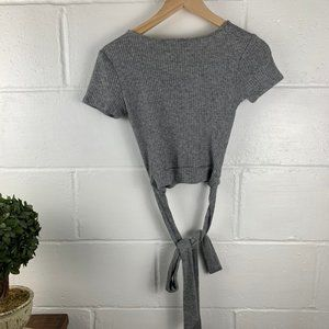 Forever 21 Tops - FOREVER 21 Gray Wrap Crop Short Sleeve Size Small